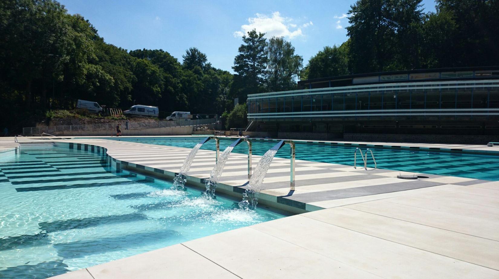 Ronveaux r novation construction piscines for Construction piscine 42